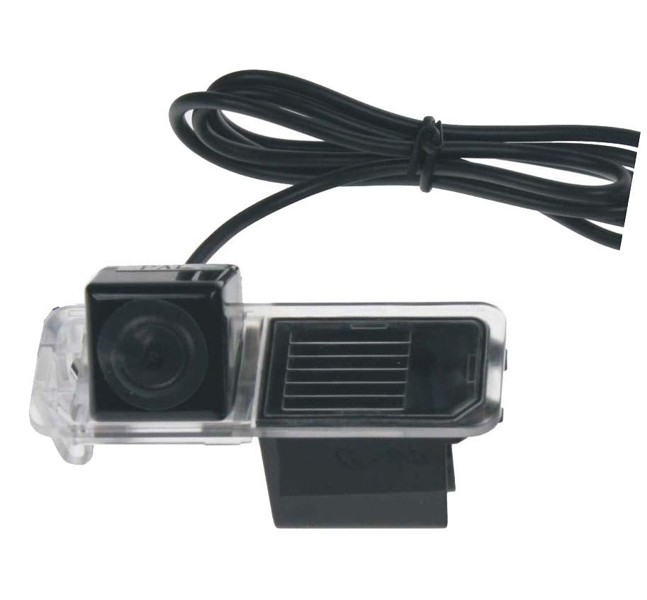 Kamera CCD, formát NTSC do vozu Škoda Superb II sedan, VW Passat B6, Golf VI, Polo IV
