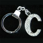 Přívěšek na klíče s imitací briliantů - písmeno - C